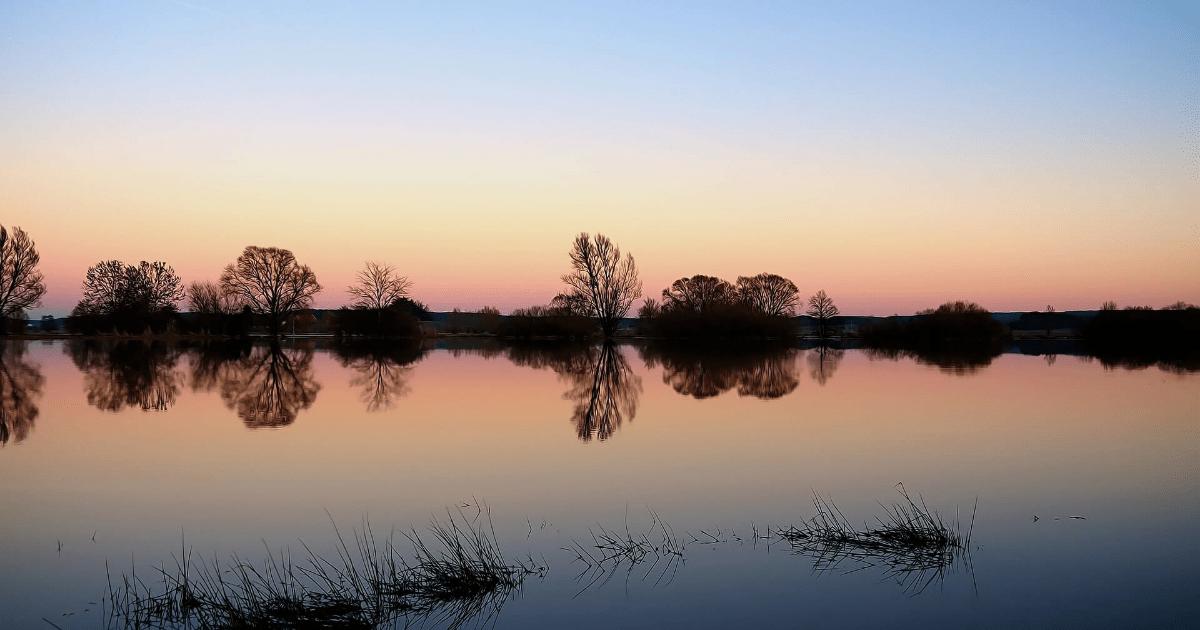 Reflection,                Sky,                Waterway,                Water,                Horizon,                Calm,                Wetland,                Dawn,                Lake,                Bank,                Backgrounds,                Photography,                Background,                 Free Image
