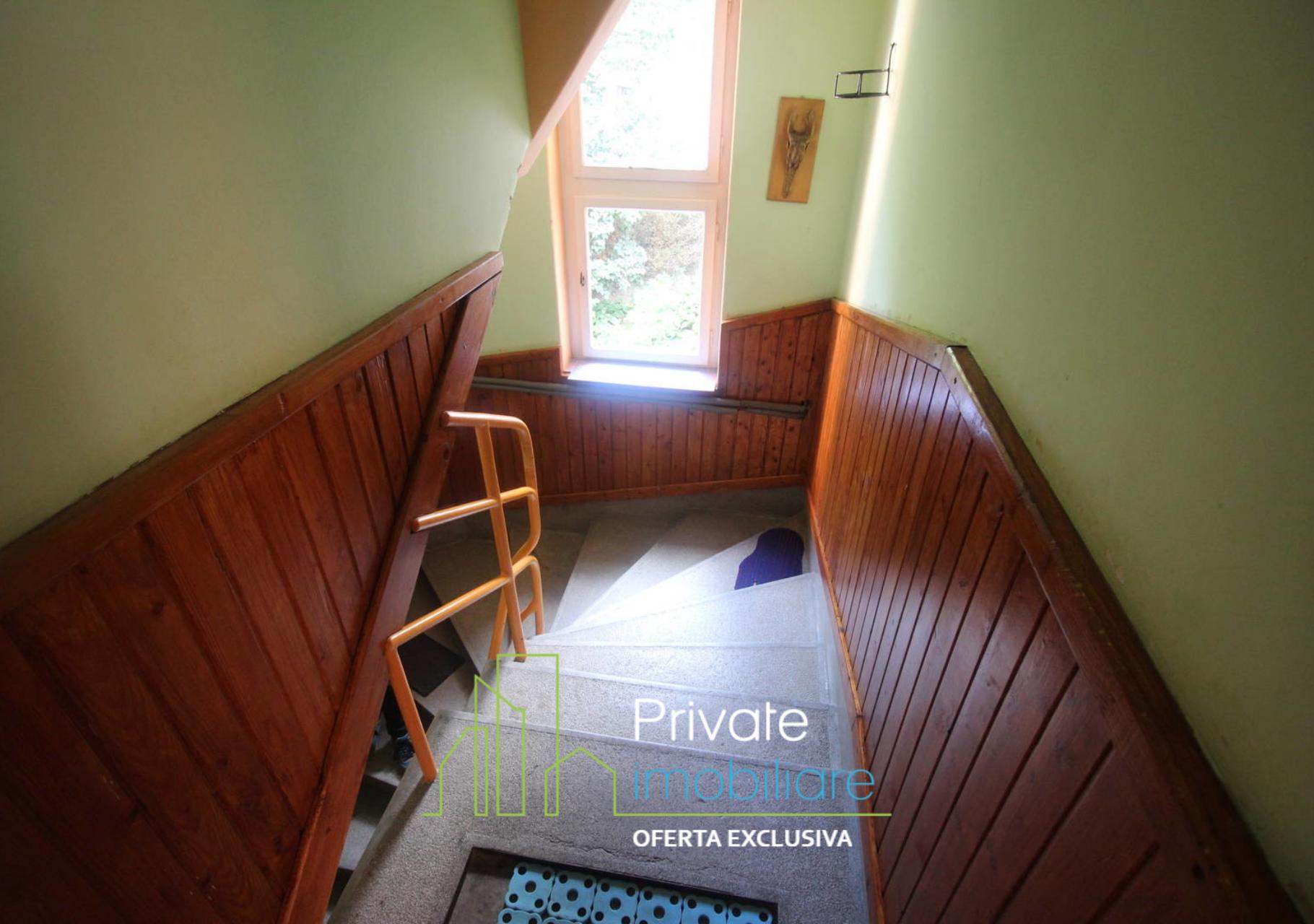Toilet,                Property,                Room,                Bathroom,                Purple,                Plumbing,                Fixture,                Wall,                Floor,                Product,                Tile,                Black,                Red,                 Free Image