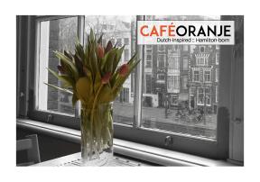 cafe oranje 3
