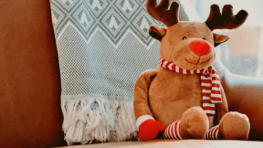 #Photo #FreePhoto #UNSPLASHIMAGE #toy #deer #A #couch #plush