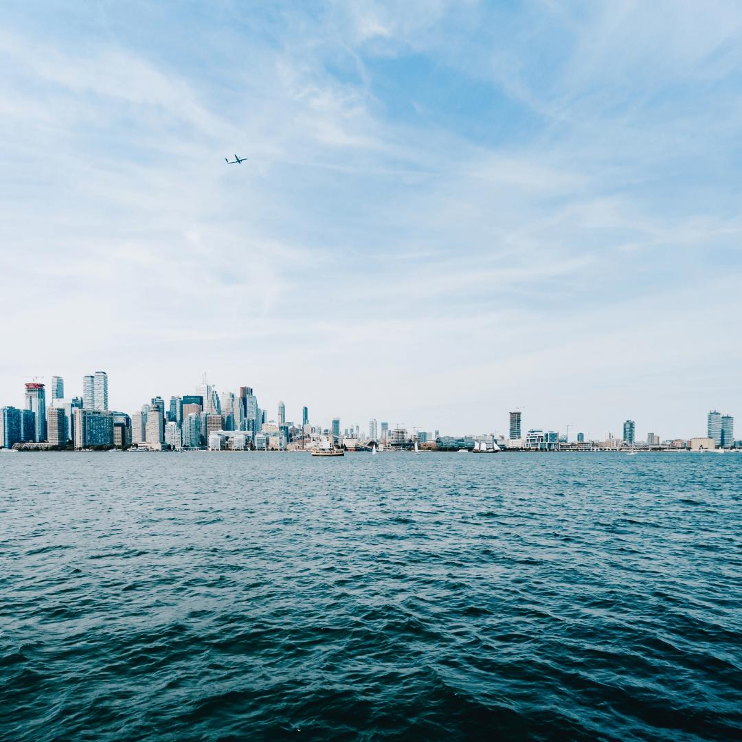 Transportation,                Waterway,                Sea,                Ocean,                Horizon,                City,                Water,                Daytime,                Sky,                Skyline,                UNSPLASHIMAGE,                Photo,                FreePhoto,                 Free Image