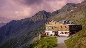 Photo - #Photography #Photo #mountain #hill #wilderness #range #valley #village #highland #sky #alps