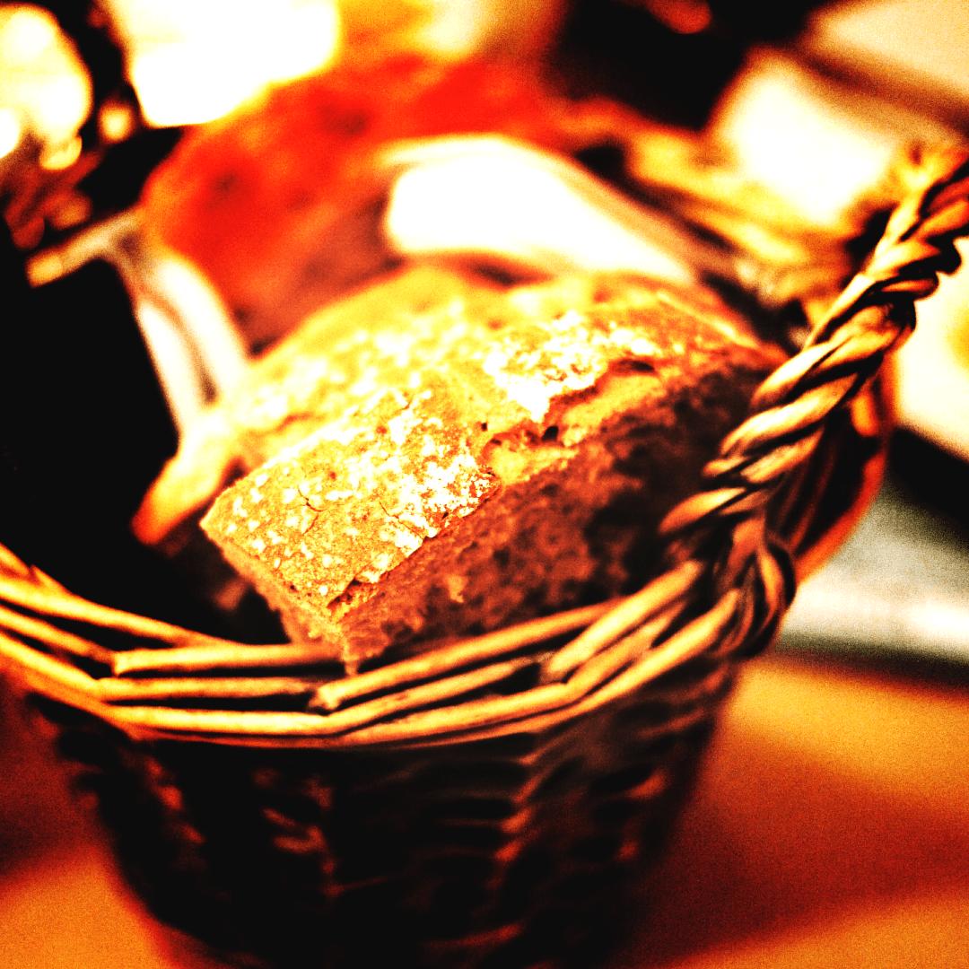 Food,                Dessert,                Baked,                Bran,                Flavor,                Table,                Restaurant,                Goods,                Recipe,                Basket,                Muffin,                Bread,                PhotoEffect,                 Free Image